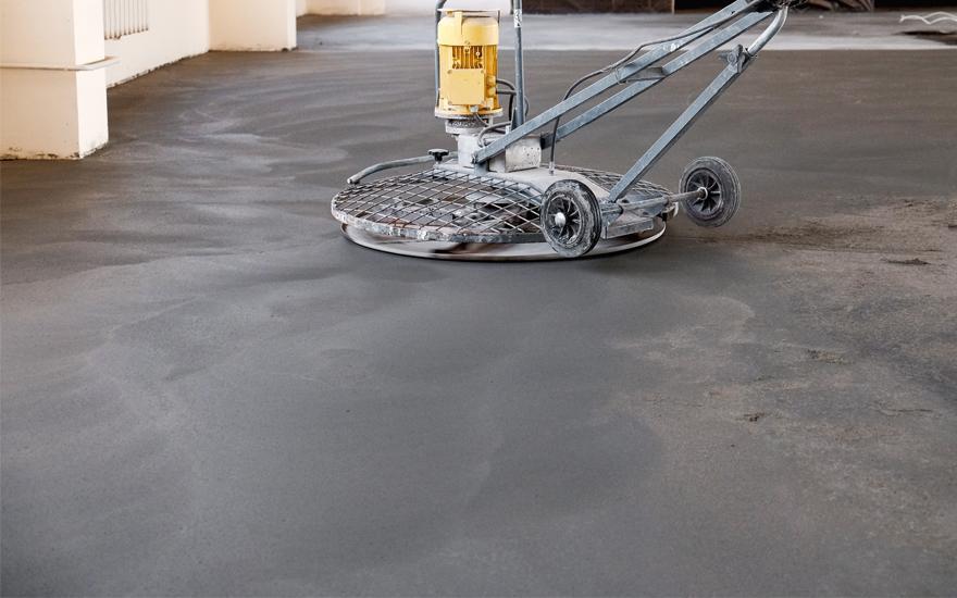 Maszyna doposadzki betonowej